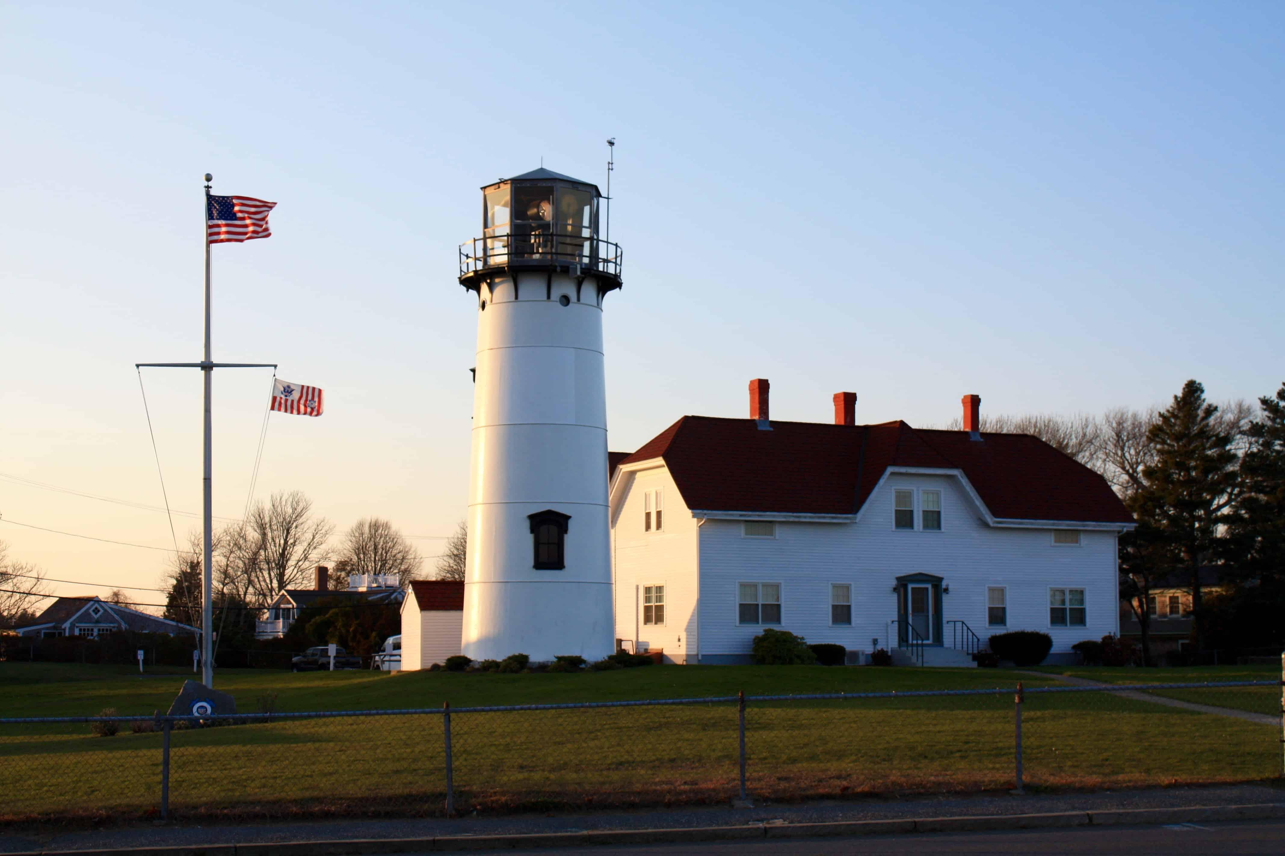 5 Classic Cape Cod Lighthouses Embrace The Seduction The