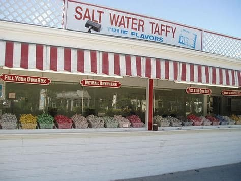 the cape cod salt water taffy store front